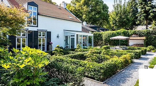Voor particuliere tuinen bent u bij BTA Groen aan het juiste adres!